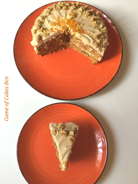Carrot cake con naranja y cobertura de azucar moreno
