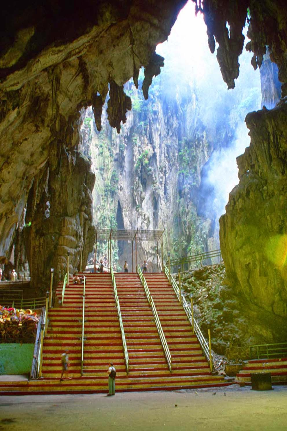 Amazing Caves in the World - Batu Caves in Malaysia