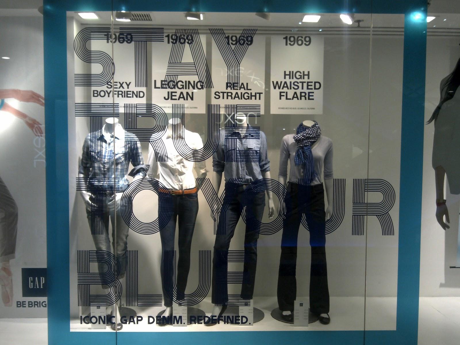 Displayhunter Gap Blue Jeans