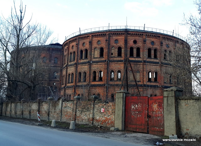 Warszawa Warsaw Wola pojemniki na gaz Prądzyńskiego obiekt przemysłowy opuszczone