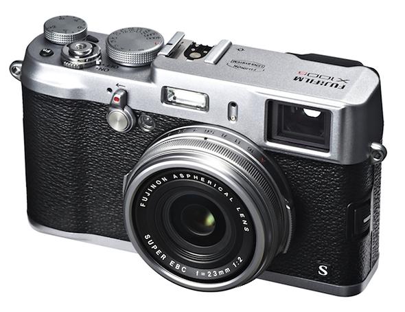 Fotografia di tre-quarti della Fujifilm X100s