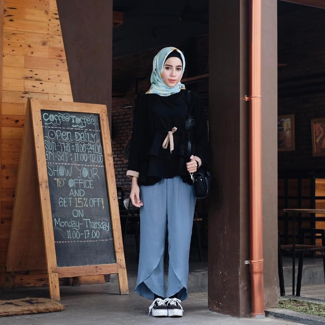 Style Remaja Masa Kini 14 Tren Jubah Masa Kini Model Kebaya Nikah Muslim 30 Model Baju Muslim