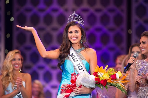 Katherine Haik es coronada Miss Teen USA 2015
