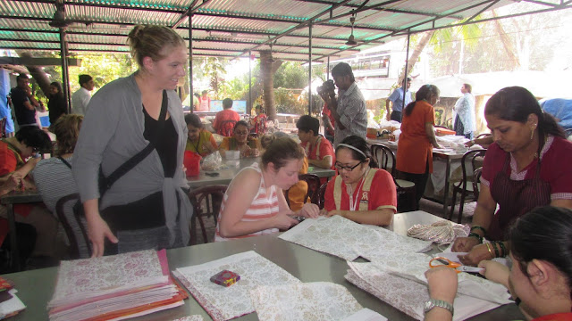 Students from United States enjoyed volunteering with Om Creations and learned valuable life lessons