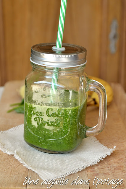 Green smoothie banana spinach ginger recipe