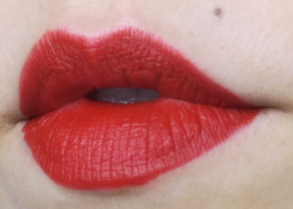 Rouge d'Armani Matte 400 review swatch