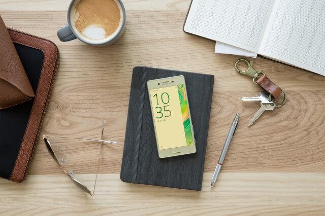 Sony Xperia X Smartphone 6-CORE Dengan Kamera 23MP