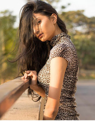 Palak Tiwari Hot and Bold Photoshoot 4