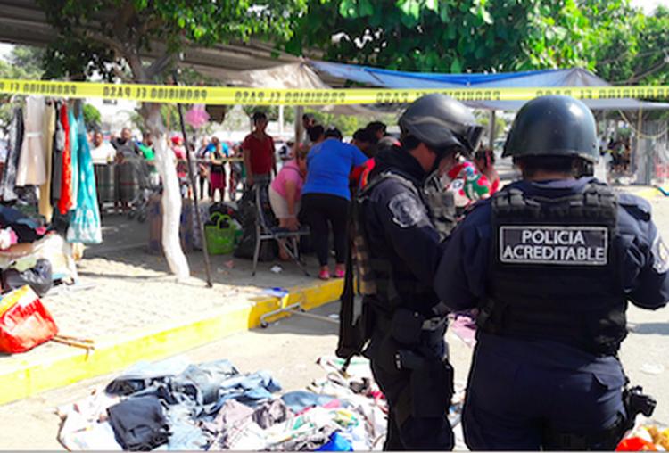 Grupo armado ataca tianguis de Acapulco y mata a seis comerciantes