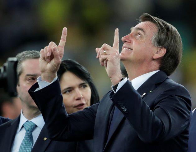 Bolsonaro diz que vai indicar ministro 'terrivelmente evangélico' para o STF