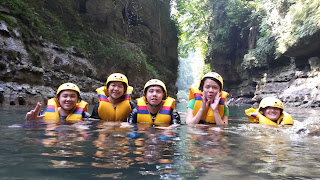kindahan alam saat body rafting di green canyon
