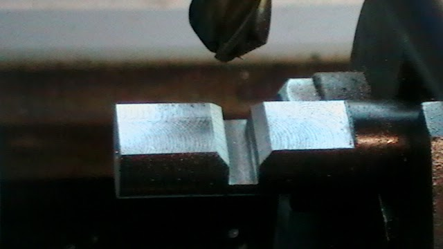 using a 45° end mill to mill a square half