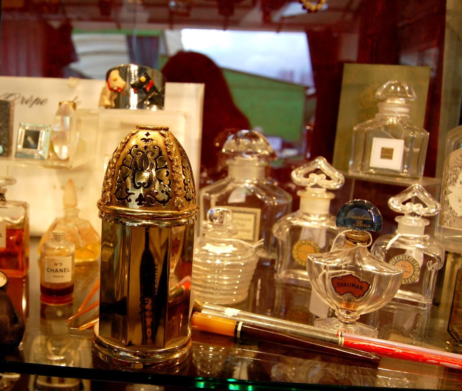 Salon Parfum Milly La Flacon De ForetEurydice Organisateur Du A Yb76Ifmvyg