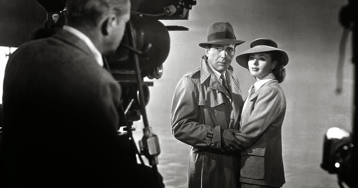 122f11d511d54 Humphrey Bogart and Ingrid Bergman on the set of the Movie  Casablanca