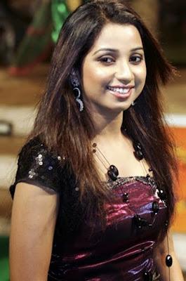 Beautiful Singer Shreya Ghoshal HD Wallpapers