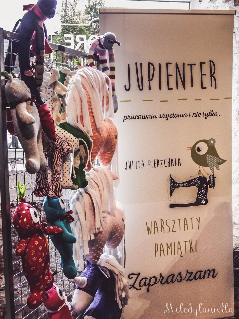 25 nietypowy jarmark świąteczny piotrkowska 217 co dzieje się w łodzi dwukropek ogrody zofii bożonarodzeniowy jarmark targ świąteczny świat z lukru pierniki świąteczne łódź biżuteria handmade piando zigner