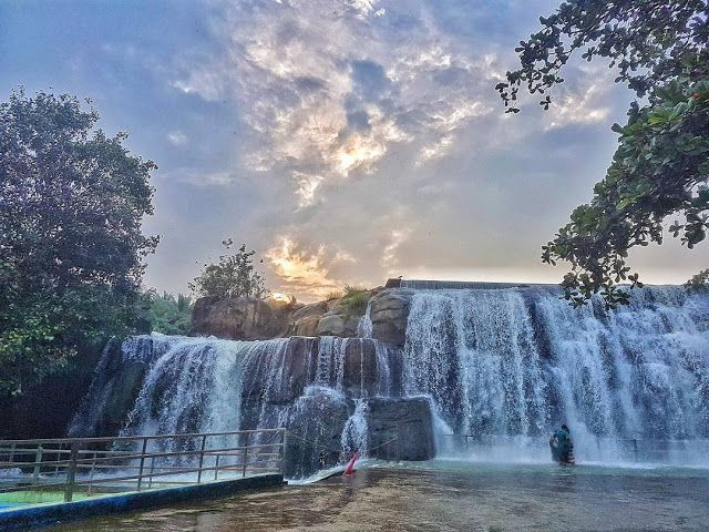 Thirparappu Falls