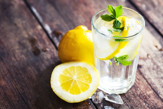 6 Scary Reasons To Avoid Drinking Too Much Lemon Water