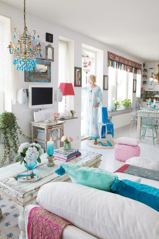 happy shabby meets Moroccan decor