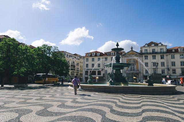 ロシオ広場(Praça de Rossio) ペドロ4世広場