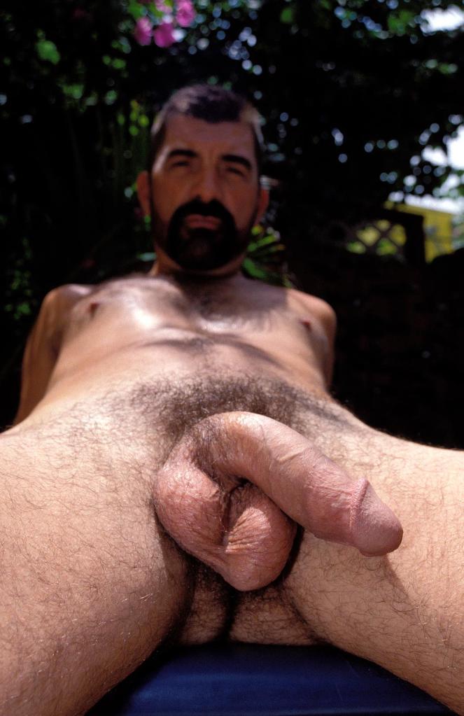guy sucking huge black cock