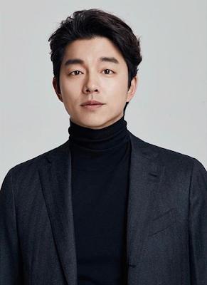Biodata Gong Yoo   Nama Lengkap : Gong Ji-cheol  Nama Panggilan : Gong Yoo Nama Terkenal : Gong Yoo Tempat, Tanggal Lahir : Busan, Korea Selatan, 10 Juli 1979 Agama : Katolik        Film   My Tutor Friend (2003) sebagai Lee Jong-soo Spy Girl (2004) sebagai Choi Ko-bong Superstar Mr. Gam (2004) sebagai Park Chul-soo S Diary (2004) sebagai Yoo-in She's on Duty (2005) sebagai Kang No-young Like a Dragon (2007) sebagai Park Chul Finding Mr. Destiny (2010) sebagai Han Gi-joon Silenced (2011) sebagai Kang In-ho The Suspect (2013) sebagai Ji Dong-chul A Man and a Woman (2016) Ki-hong Train to Busan (2016) Seok-woo The Age of Shadows (2016) Kim Woo-jin