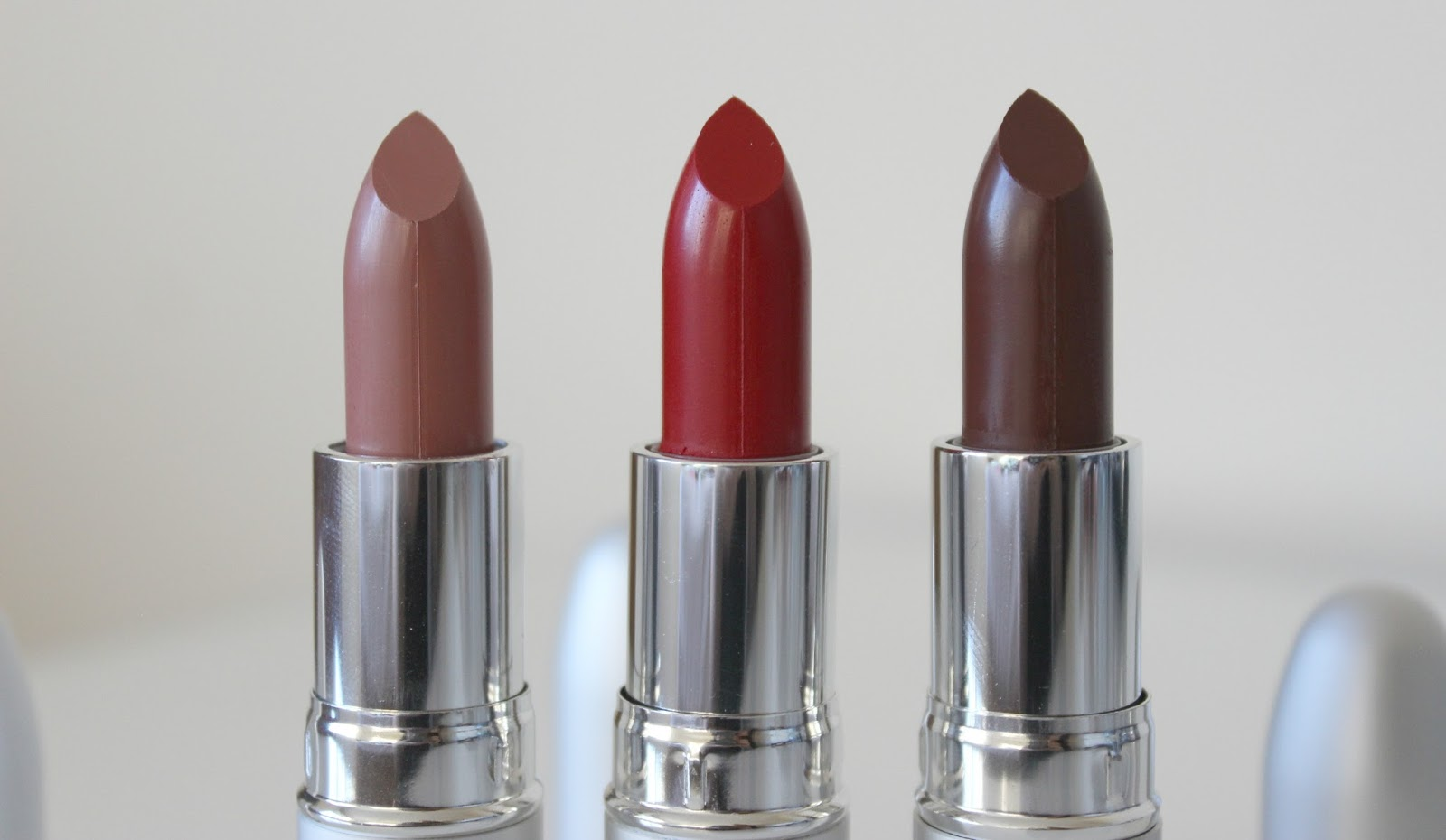 A picture of the theBalm Girls Lipstick in Amanda Kissmylips, Mia Moore and Mai Billsbepaid
