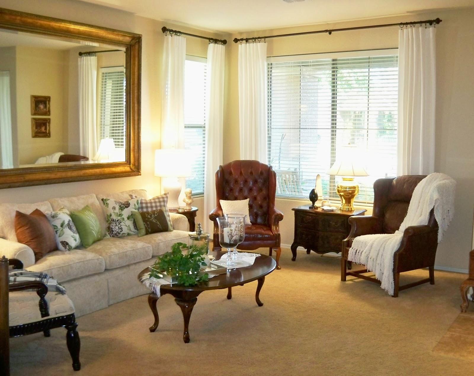 A Stroll Thru Life: Living Room Makeover Begins