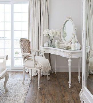 Pon un tocador en tu dormitorio decoshabby - Habitacion con tocador ...
