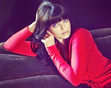 Aishwarya Rai Bachchan, Vogue magazine march 2015 editon, new look of Aishwarya rai, wow look of Aishwarya rai, Aishwarya on Vogue cover page