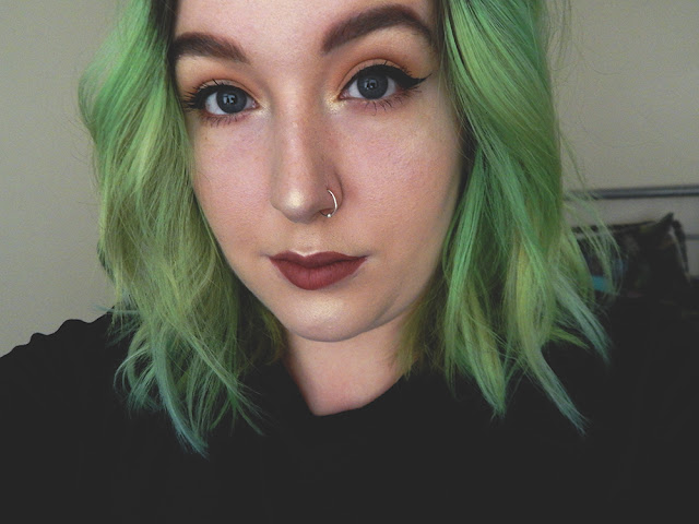 Simple Everyday Glowy Makeup