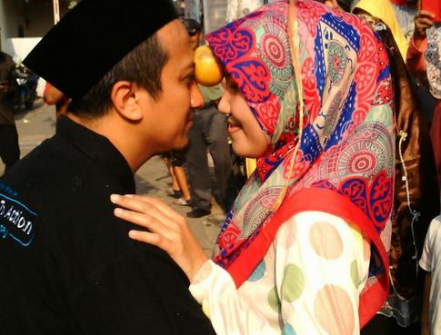 Hal Hal Kecil Yang Bisa Dilakukan Sang Istri Untuk Membahagiakan Suami