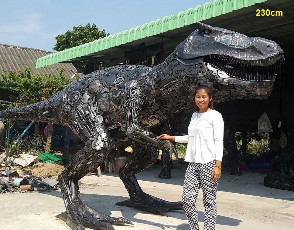 11-T-Rex-Dinosaur-Namfon-Suktawee-Animals-Art-made-by-Upcycling-Scrap-Metal-in-Thailand-www-designstack-co