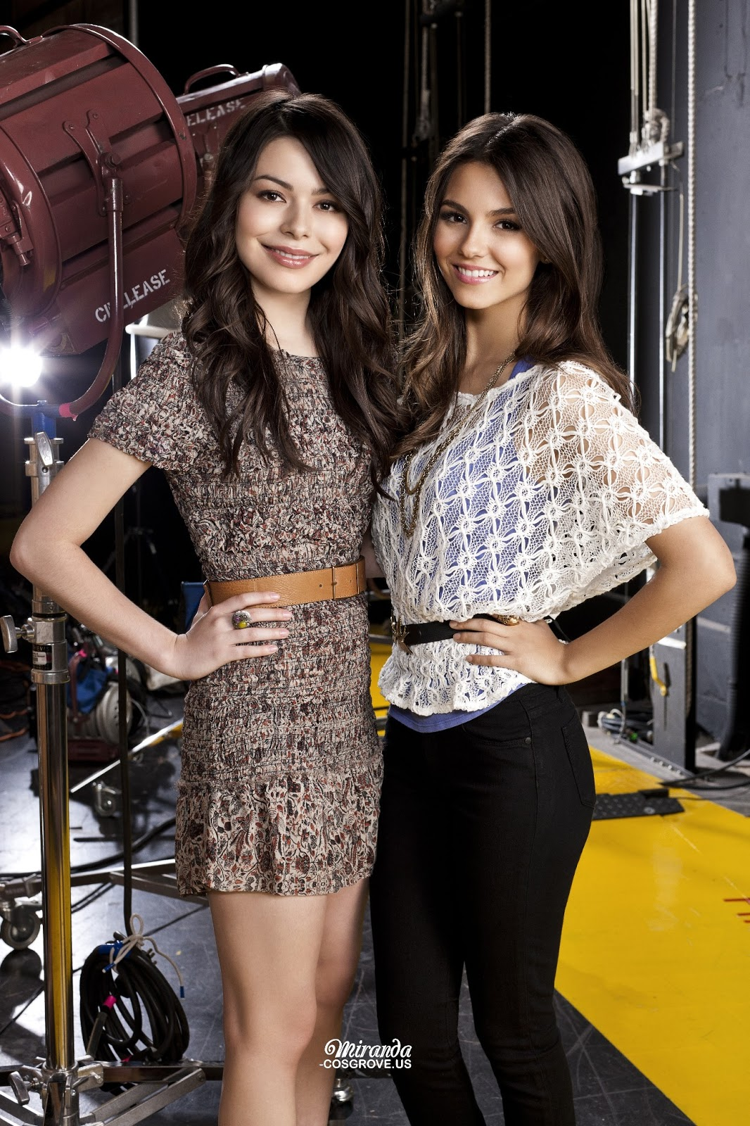 Dos chicas nuevas en la mansion de nacho vidal - 3 part 9