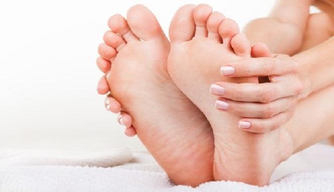 Beberapa Penyebab Bau Kaki Dan Cara Mengatasinya ...