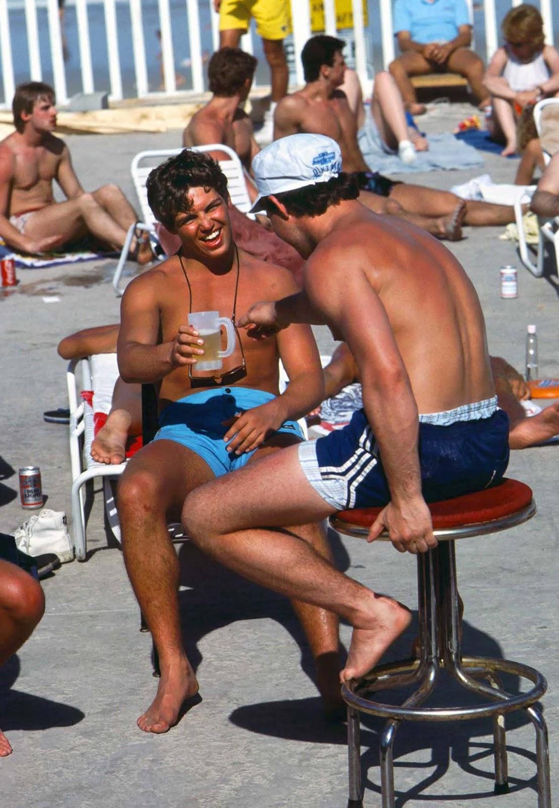 Sharing beers. 1983.
