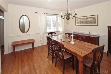 c b i d home decor and design choosing a color palette. Black Bedroom Furniture Sets. Home Design Ideas