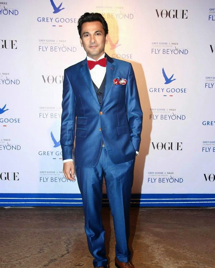 Vikas Khanna, Pics from Red Carpet of Grey Goose & Vogue's Fly Beyond Awards 2014