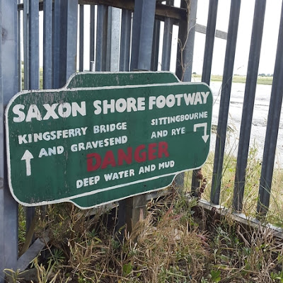 Whoopidooings: Rocking Friday - Saxon Shore footway