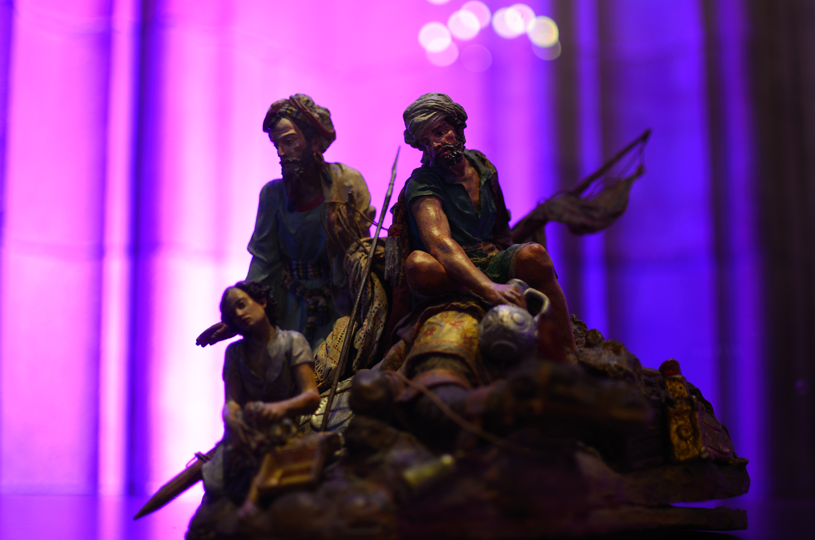 Biblical Magi sculpture by Domenech Talarn