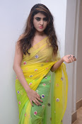 Sony Charista sizzling look in saree-thumbnail-3