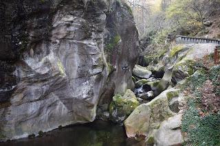 Kostenski vodopad, vodopa krai selo Kostenec