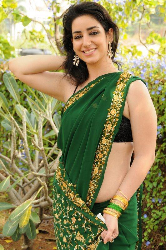 Tollywood Latest Actress Kriya Spicy Green Saree Images No -6395
