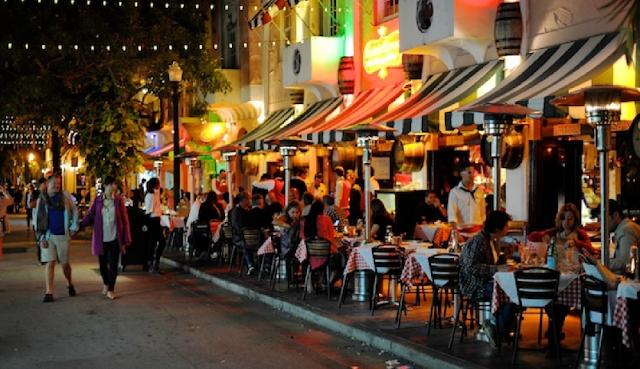 Española Way em South Beach Miami