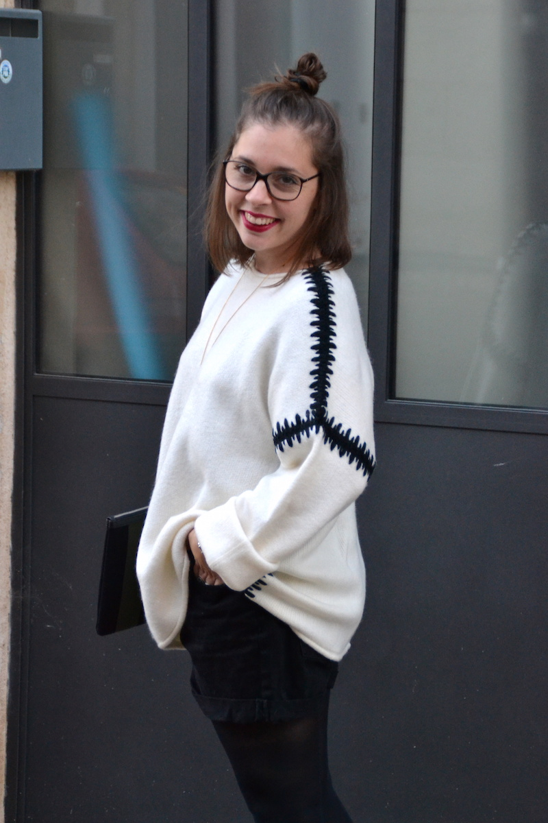 pull blanc zara couture noire, short noir Pimkie, derbie plateforme noire Smmydress