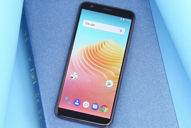Smartphone sỡ hữu camera kép, màn hình FullView, nhưng giá chỉ hơn 2 triệu đồng