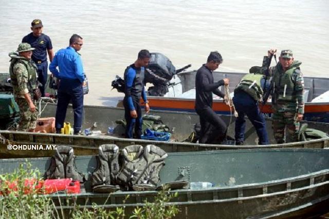 Jasad Juruterbang Mungkin Tersekat Dalam Bangkai Helikopter