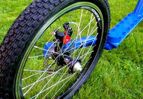 trottinette Rower-Land Alu Race Mono, detail frein arrière