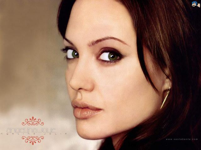 Angelina Jolly  World Of Entertainment-4107