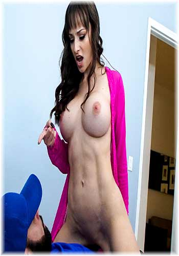 18+ BangBros-Lexi Luna-Creampie From the Delivery Guy 2019 HDRip Porn Video